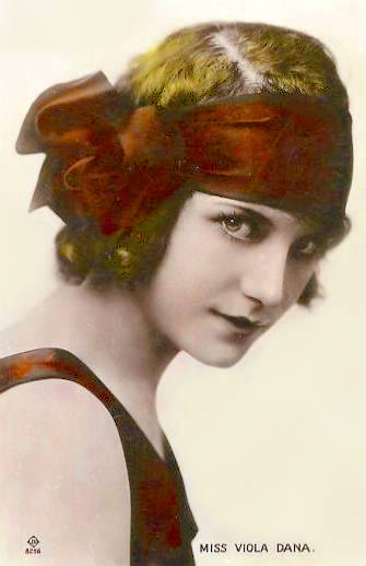 arcade-card-movie-star-viola-dana-head-band-with-big-bow-three-quarters-tinted