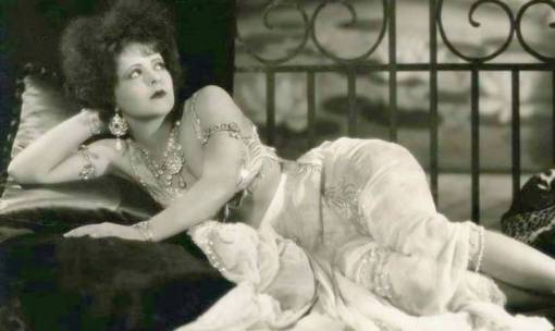 photo-movie-star-clara-bow-reclining-in-elaborate-exotic-costume