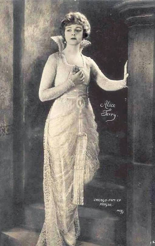 arcade-card-chicago-film-company-movie-star-alice-terry-wearing-long-elaborate-gown-on-stairway