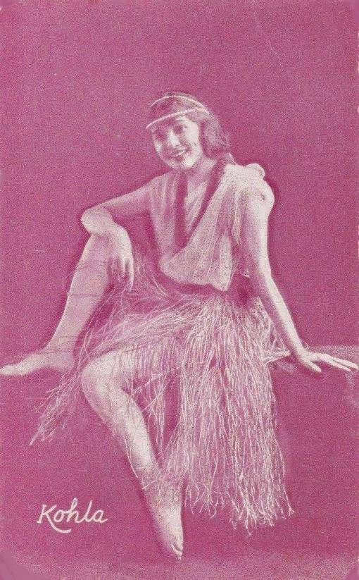 A ARCADE CARD - UNKNOWN PUBLISHER - STYLE RESEMBLES EXHIBIT SUPPLY - DANCER - KOHLA IN HULA SKIRT - 1920s
