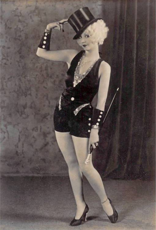 A ARCADE CARD - ALICE WHITE WITH TOP HAT AND CANE AND SHORTIE OUTFIT - 1920s